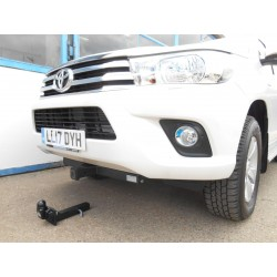 Traverse frontale Toyota Hilux Revo