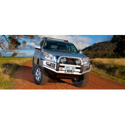 Sahara Bar LANDCRUISER 150 sans Tube Chrome 2009 to 2013 Models with Front Parking Sensors